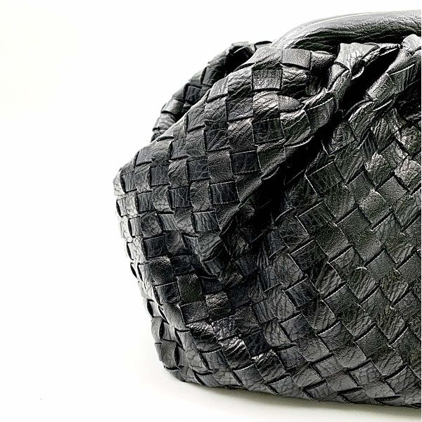 Β 653 - Πλεκτή Pouch Τσάντα Χειρός χρ. Μαύρο (Χειμώνας 2020 - 2021)