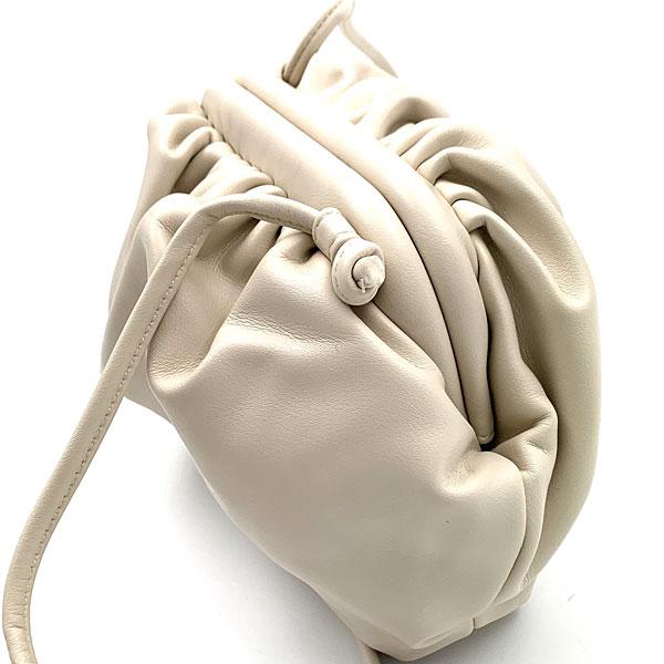 YJ 052 -  Μικρή Τσάντα Χειρός Pouch χρ. Εκρού (Χειμώνας 2020 - 2021)